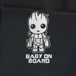 Baby Groot on board autós matrica