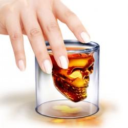 Koponya feles pohár