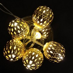 Arany / ezüst / piros fém labdás égősor - 6 ledes