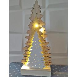 Fából készült karácsonyfa világító asztali dekoráció