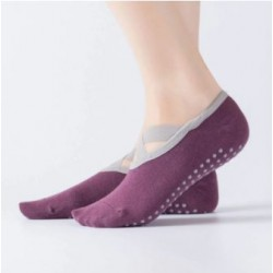 Csúszásgátlós jóga zokni - lila színben