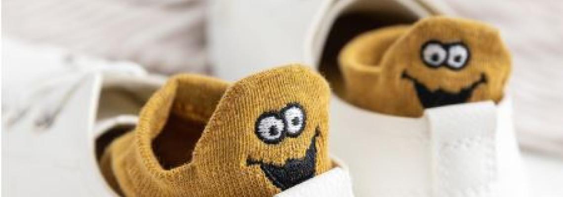 Jópofa zoknik télre – nyárra minden alkalomra